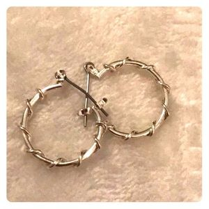 Vine wrapped hoops